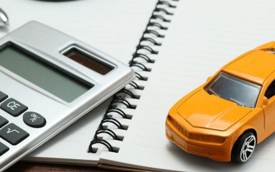 Formas en las que puedes bajar el precio y ahorrar en el seguro de auto